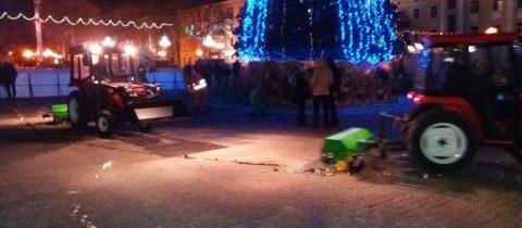 Прибирання міста від сміття